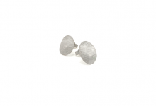 Små øreringe med blonder